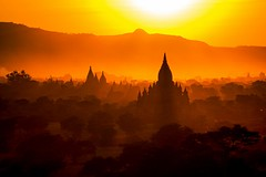 [Free Images] Architecture, Religious Buildings, Sunrise / Sunset, Temples, Buddhism, Sunrise / Sunset, Landscape - Burma / Myanmar ID:201303311800