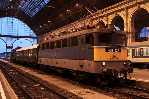 MÁV Class V43 locomotive 1127 at Budapest Keleti pályaudvar