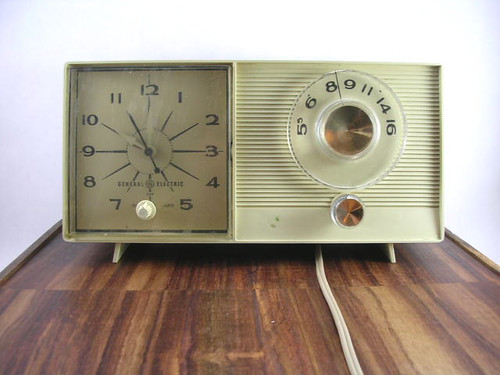 am_clock radio