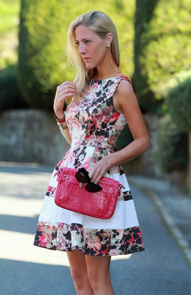 STYLE LOVER FLORAL DRESS IV