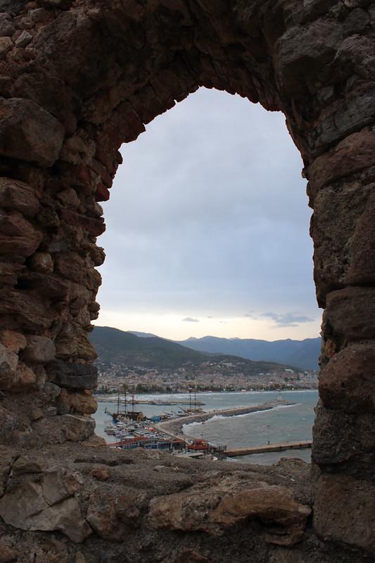 20131017_8260-Alanya-castle-window_resize