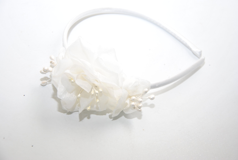 DSC_0049- diadema floral blanca comunión | Flickr - Photo Sharing!