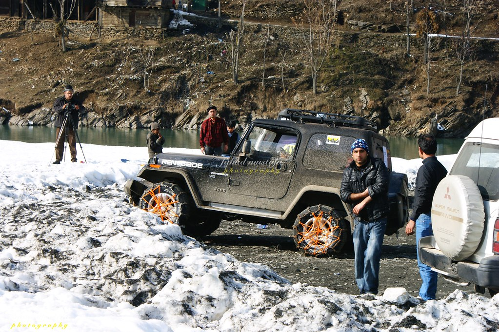 Muzaffarabad Jeep Club Neelum Snow Cross - 8472083696 d0e852e469 b