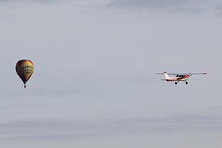 Cessna 152 G-GFIG & Ultramagic M-65 EC-IMI