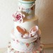 A very vintage affair by Pearls & Lace Cakes