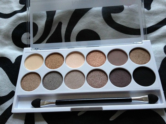 MUA_Undress_Me_Too_Eyeshadow_Palette (4)