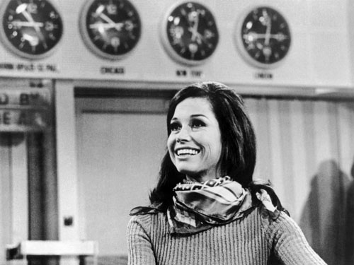 black and white photo of mary tyler moore