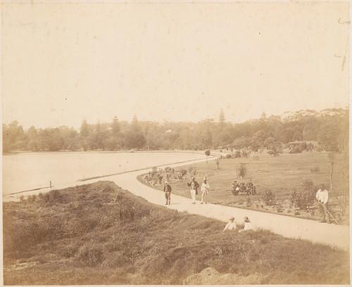 Botanic Gardens (showing old wall)