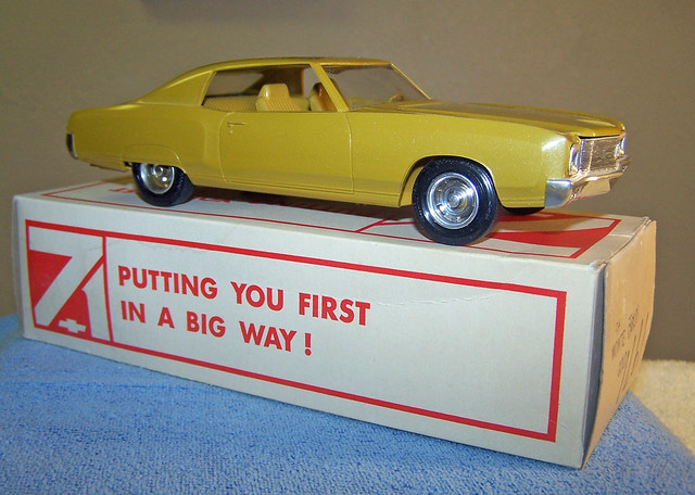 1971 chevrolet monte carlo promo model car placer gold for Placer motors used cars