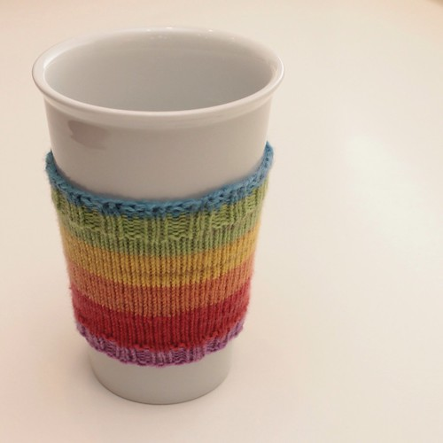 Free Knitting Pattern Coffee Cup Sleeve : Sock yarn coffee cup cozy {free pattern}   The C Side