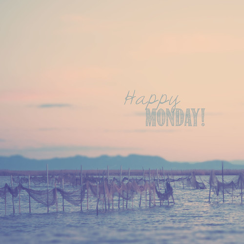 Happy Monday!!! by Vanina Vila {Photography}