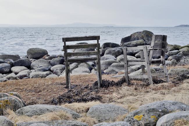 stolar vid havet