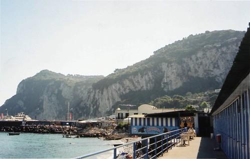 Spiaggia di Marina Grande, Capri, Italia/Italy - www.meEncantaViajar.com by javierdoren