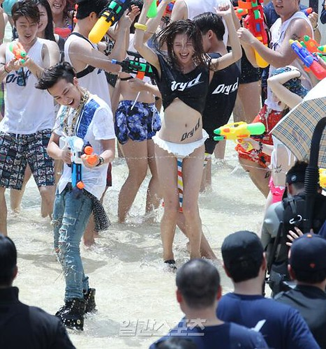 GDragon_WaterWorld_CF-Event_20140704 (42)