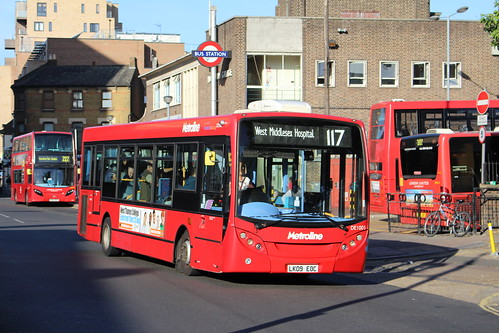 Metroline DE1001 on Route 117, Hounslow