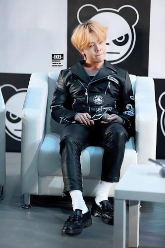 G-Dragon HIPANDA HQs Shanghai 2015-08-31 (41)