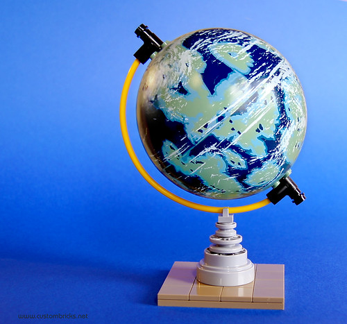 Naboo Tabletop Globe by customBRICKS
