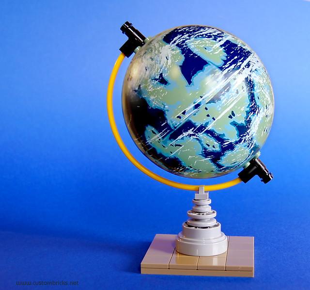 Naboo Tabletop Globe