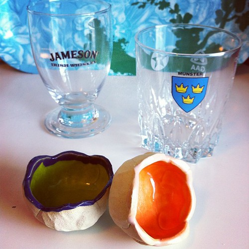This week's thrift shop finds. €1.50 well spent. The little salt bowls remind me of @caitl