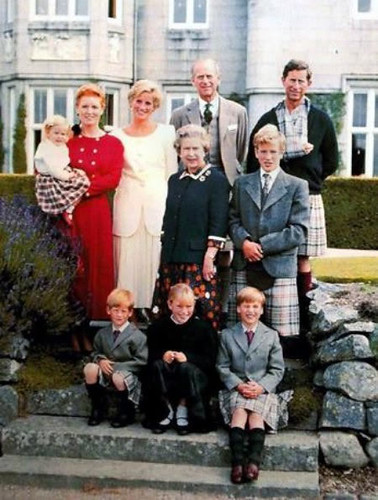 1990 Very rare pictures of Prince Charles with both of his sons Prince William and Prince Harry in kilts.