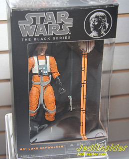 STARWARS-BLACK-SKYWALKER-01