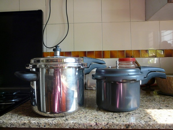 Pressure cookers sm