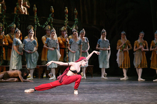 Svetlana Zakharova in La Bayadere | Photo by Damir Yusupov