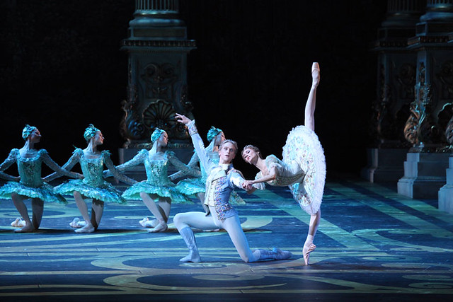 Svetlana Zakharova and David Hallberg in The Sleeping Beauty | Photo by Damir Yusupov
