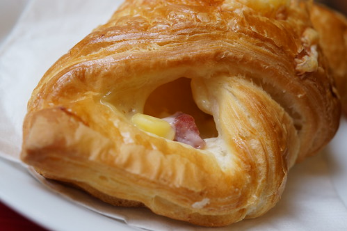 standard cheese croissant