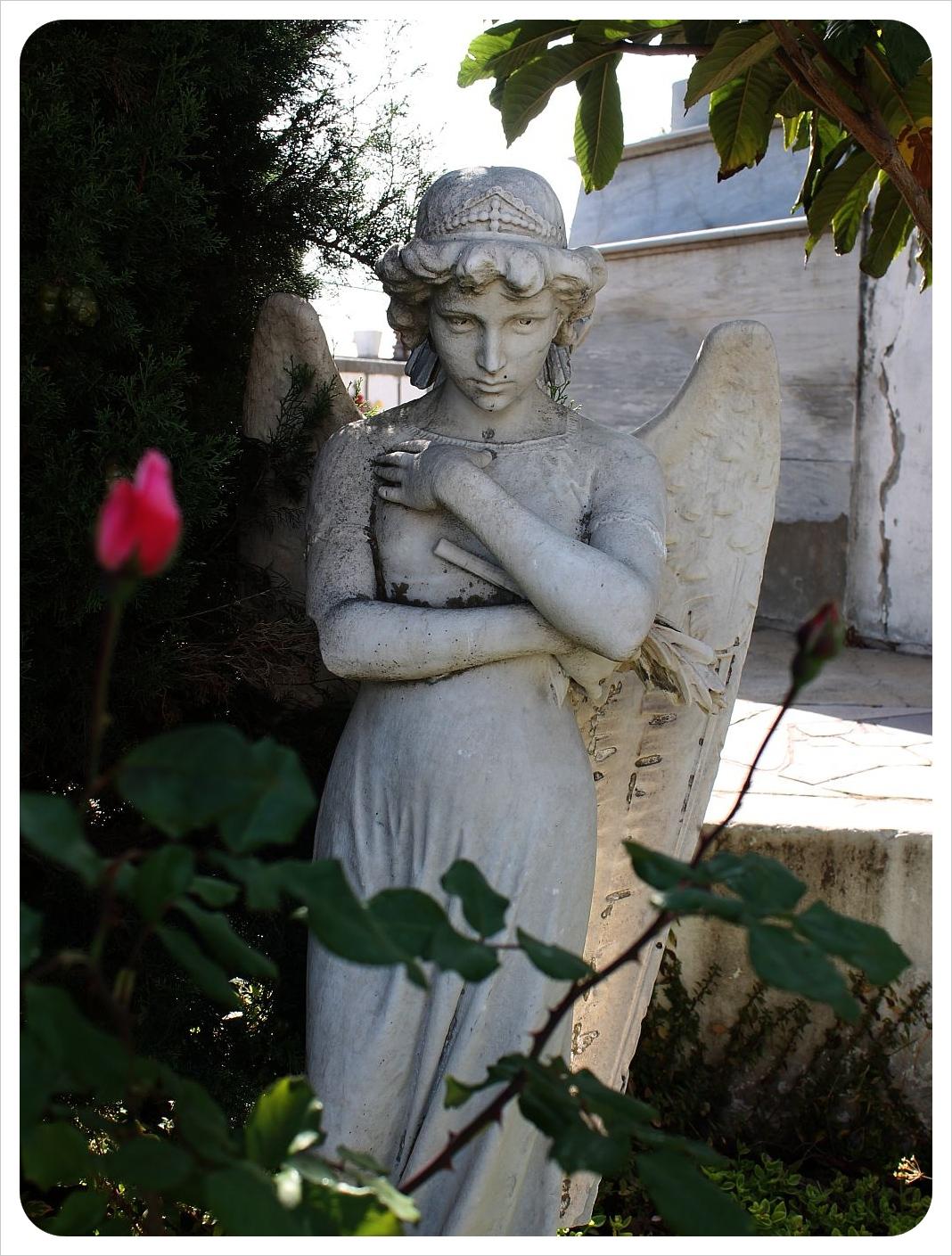 valparaiso cemetery statue