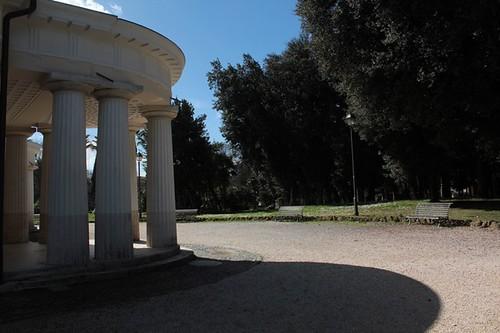 Villa Torlonia: palazzo e giardino