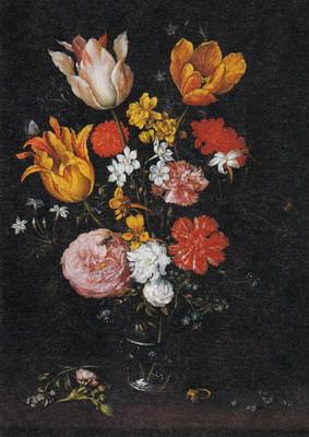 ガラス製の花瓶の花