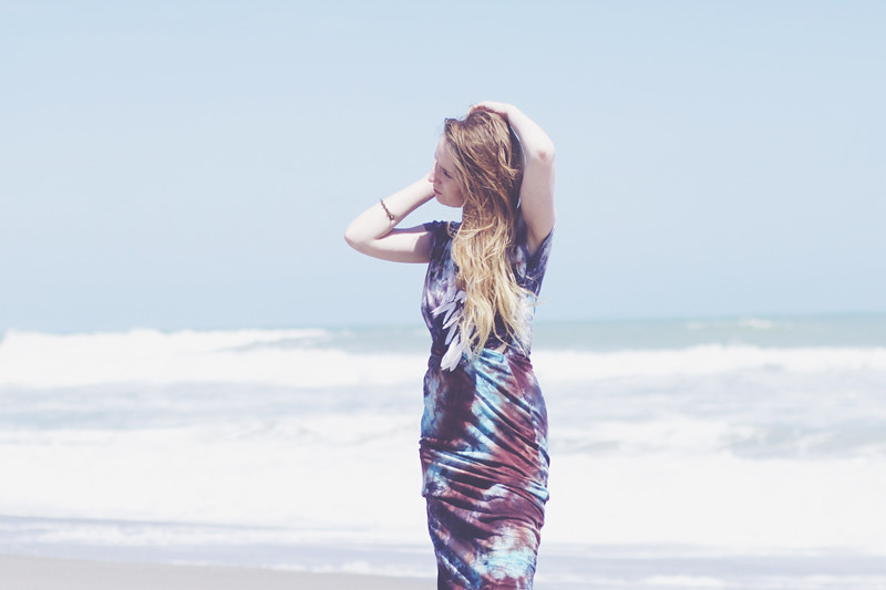 beach waves hair, tie dye missguided dress