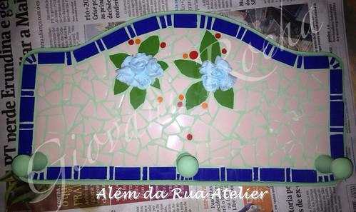 mosaico em cabideiro