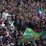 Una Vuelta en Papamobil con el Papa Francisco