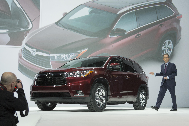 2014 - [Toyota] Highlander 8595317747_fee8ab58a1_o