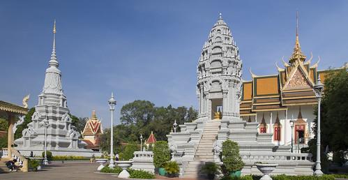 pagoda cambodia stupa phnompenh royalpalace preah silverpagoda vihear khmerarchitecture watpreahkeo watubosothratanaram