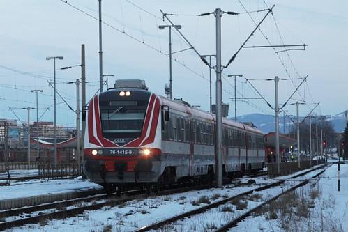 CFR Class 76 DMU 76-1415-9 departs Brasov