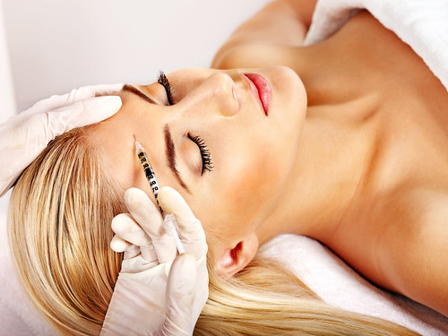 Joel Schlessinger MD weighs in on the new stem cell face lift procedure