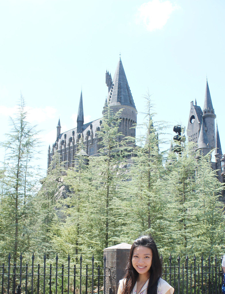 me in front of hogwarts