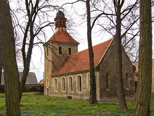 2013-Trinum-Kirche-Schiff