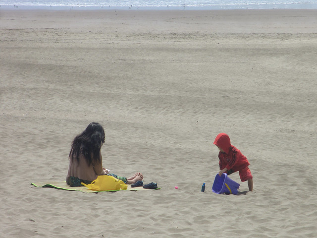 Mother and Child on Ocean Beach, San Francisco (2013)