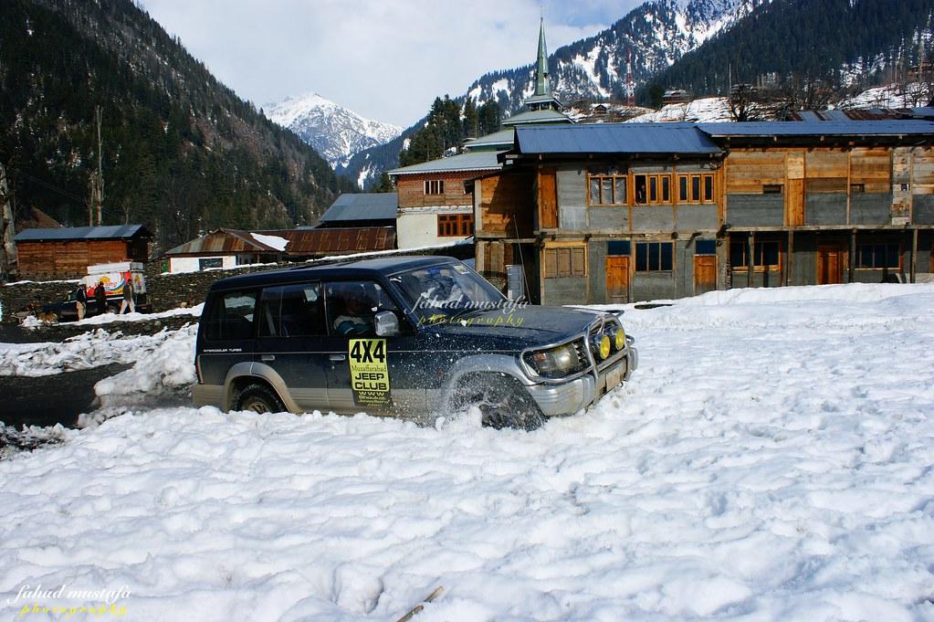 Muzaffarabad Jeep Club Neelum Snow Cross - 8472076696 79269f7865 b