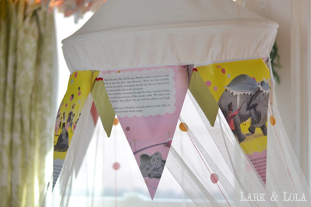 Dumbo book pages decorate