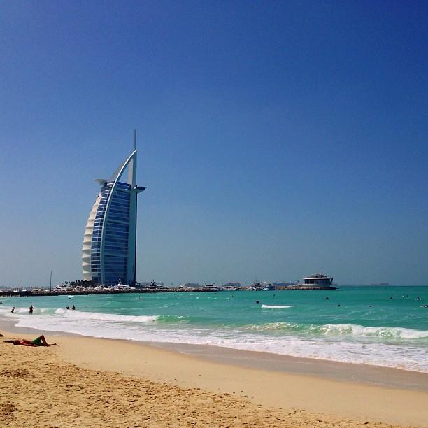 #burjalarab#burj#hotel#7star#dubai#uae#surf#beach#instabeach#wave#ig#igers#igersdxb#igersdubai#instagram#photooftheday#instagood
