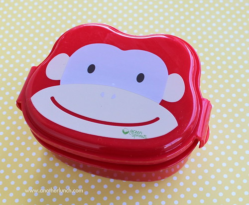 Green Sprouts monkey face bento lunch box