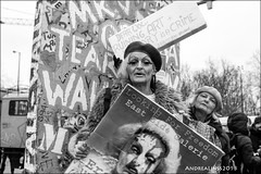 """save """"east side gallery""""..."""