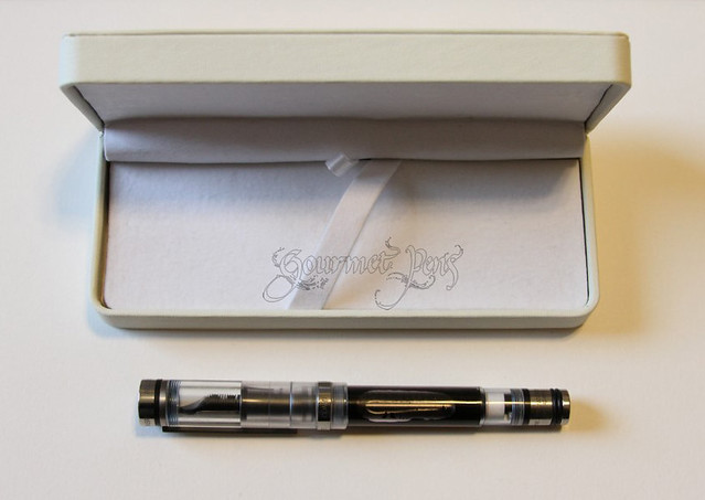Conid Bulk-Filler Fountain Pen