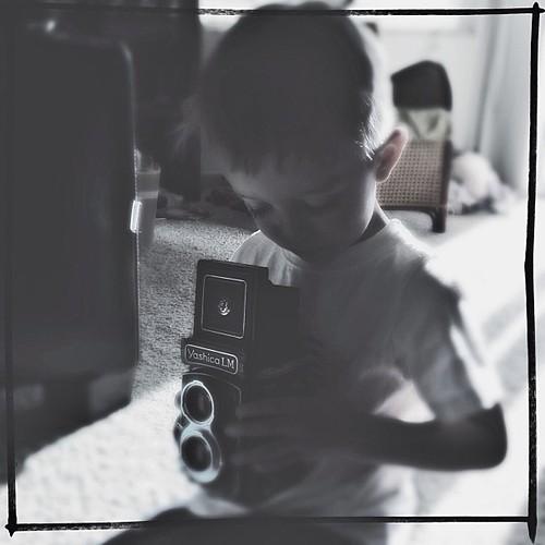Makin' his mama proud. #ibelieveinfilm #yashicalm #momentswitho
