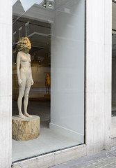 <strong>The Tainted - </strong> <br />Aron Demetz, Sensa Titolo (exhibition display), 2013, Maplewood and silicon, 60 cm x 217 cm